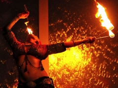 Kelvikta Bellydancing & eating fire & Rain NightClub