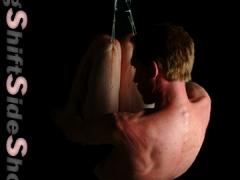 Andrew S. knee suspension
